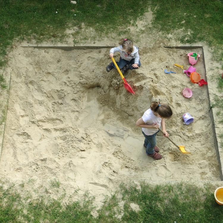 Baustoffe-liefern Spielplatzsand - conpor